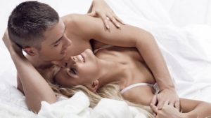 preview-full-Couple-in-bed-1024x576