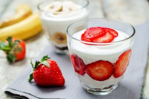 greek yogurt with strawberry and banana, super food