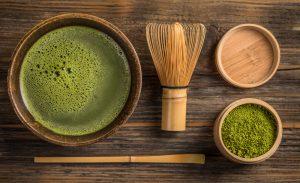 matcha green tea and powder